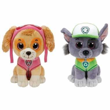 Paw patrol knuffels set van 2x karakters skye en rocky 15 cm hond